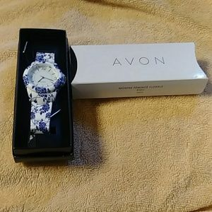 New Avon Feminine Floral Watch
